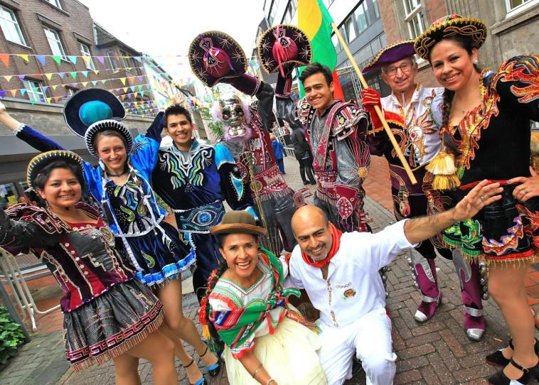 """Die Tanzgruppe """"Amigos de Bolivia"""" ist beim VIVA-Kulturfestival im Dietrich-Keuning-Haus zu sehen. Bild: DKH/Stadt Dortmund"""